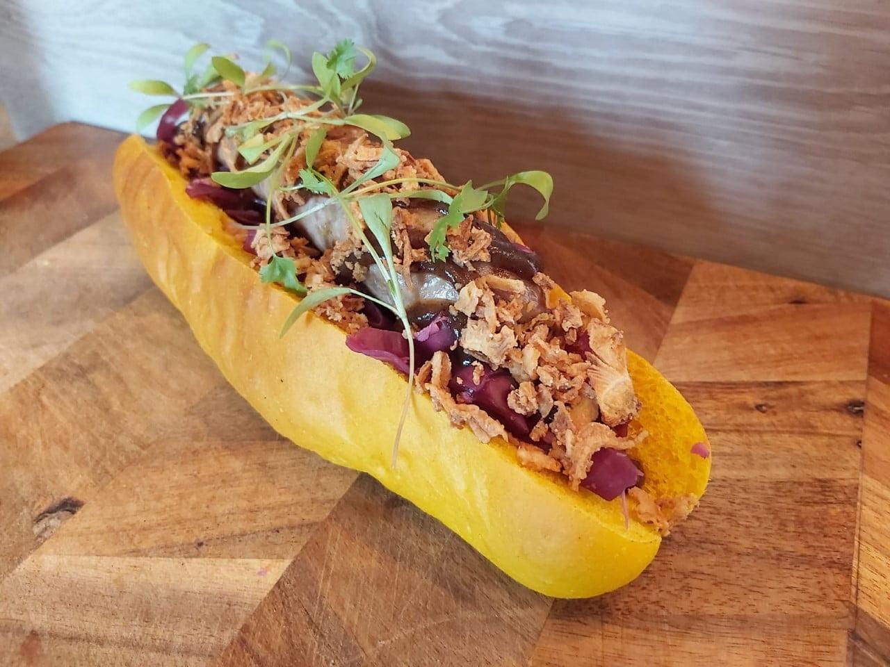 Eat Street hot dog